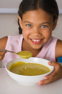 Girl_Eating_Soup_TS_78630417